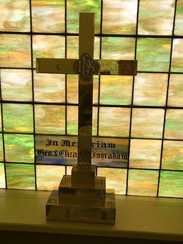 Dowagiac memorial cross.JPG