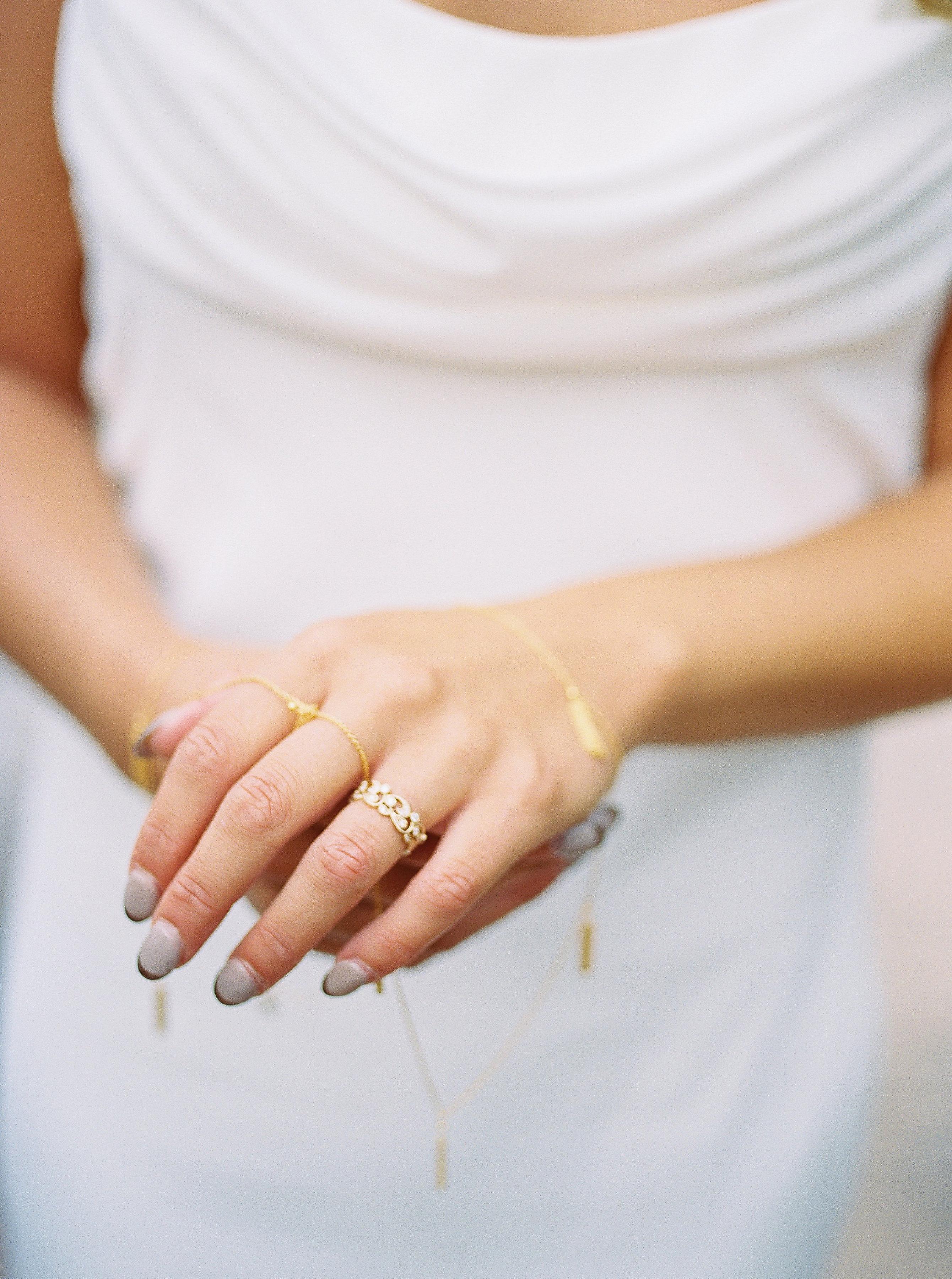 Alexandra-Elise-Photography-Ali-Reed-Film-Wedding-Photographer-Deerfield-Country-Club-101