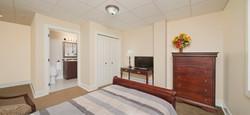 Retirement Windsor ONT Dolce Bedroom