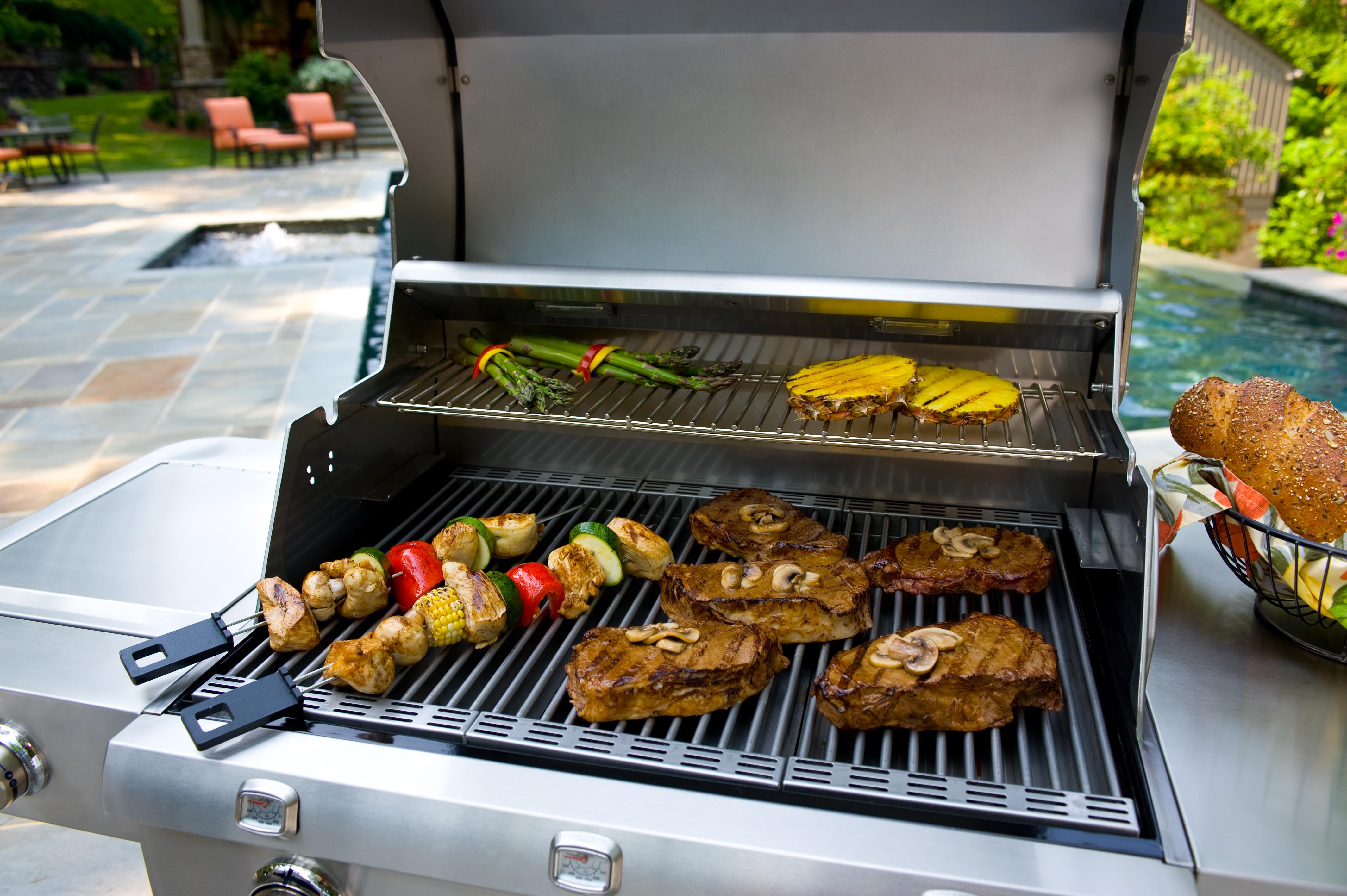 saber grill food