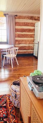 campmillpond_cabin_dining room1.jpg