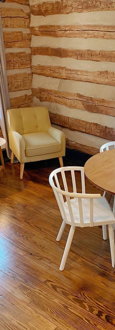 campmillpond_cabin_kitchen2.jpg