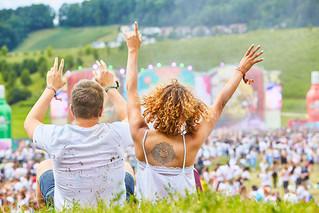 Eventvideo & Eventfotografie für das Holi Festival Zürich