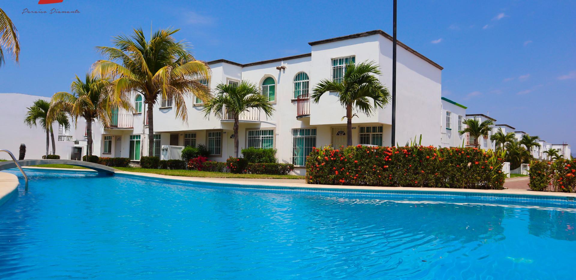 amenities-acapulco.jpg