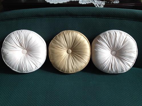 Round White or Gold Medallion Pillow