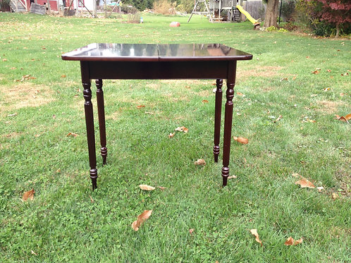 Game Table w Extending Top