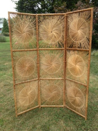 Wicker Sunburst Divider