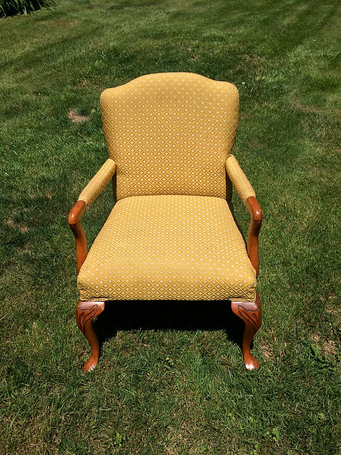 Yellow/Gold Chair