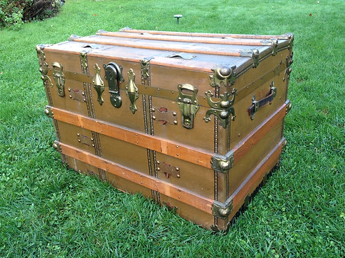 Steamer Trunk (35 x 23 high x 21)