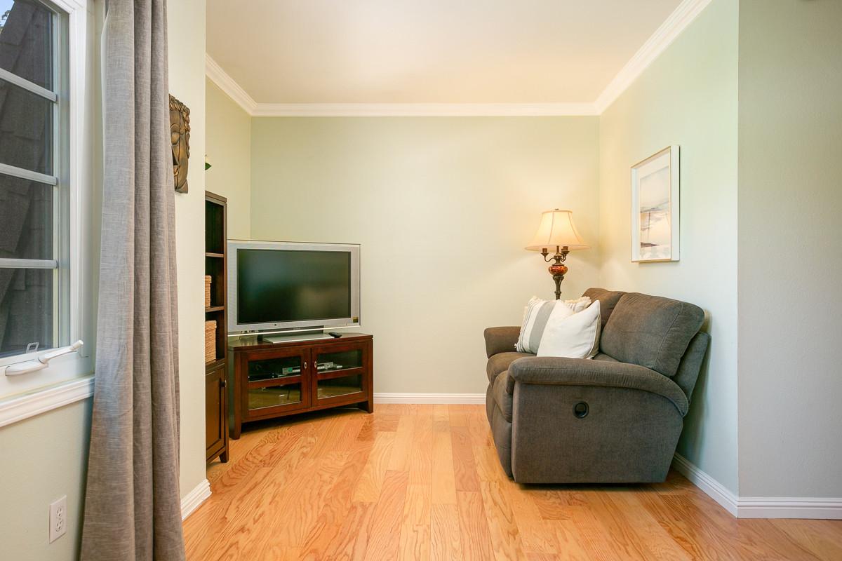 1828 Bushnell Ave-MLS-023.jpg