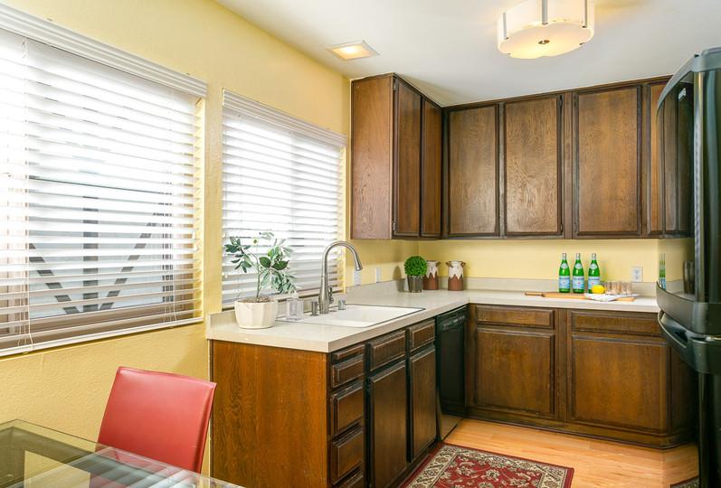 1828 Bushnell Ave-MLS-017.jpg