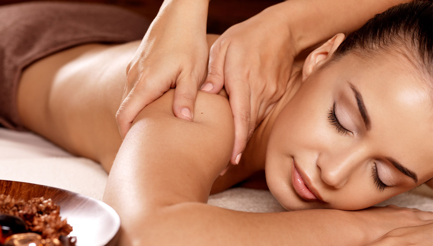 LeBella's Massage with Glow Facial