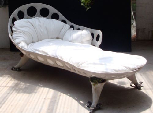 Drillium Chaise - Smoke Cement