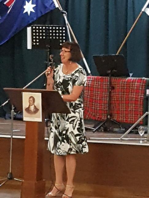 """Mayor Kay Fraser toasts """"The Toon We Bide In"""""""