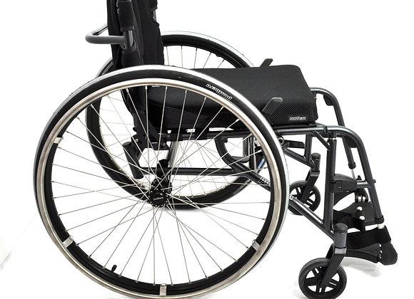 Wózek inwalidzki - Panthera S3 Swing