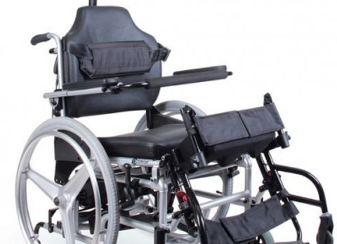 HERO DRVL0F- Wózek inwalidzki z funkcją pionizacji