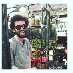 TIME TO EAT and SHOOTING  _12chairscafe Style { R a p i d e } #williamsburg #brooklyn Best Place - S