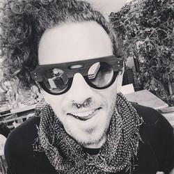 J u s t  i n  L o v e -  s t y l e - { A u t h e n t i q u e }  Sunglasses by #jeanphilippejoly #pas