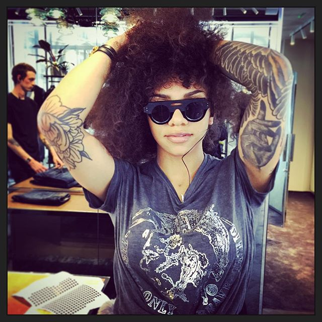 IN P a r i s  with #JeanPhilippeJolySunglasses and _cynthiafayster #tattoo #style #girl #love #artis