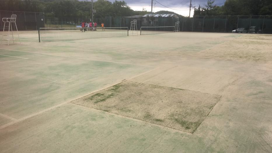 岡山 理大付属高校テニス部練習場