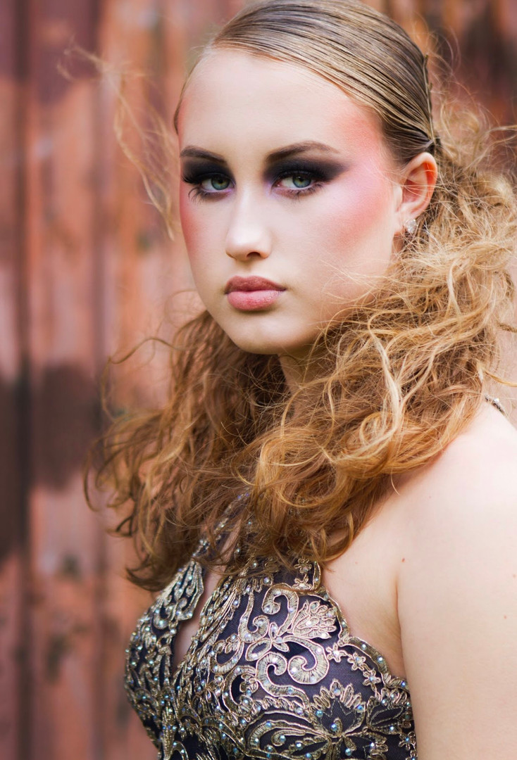 SIMONESIMPSON_hair+makeup.jpg