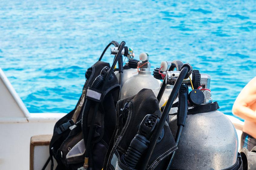 Tanque de oxígeno del equipo de submarin