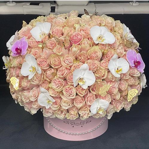 Sweet Romance 150 Roses