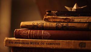 Books - Bobber Black.jpg