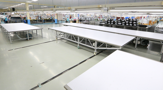 mable mobile fabric transfer table
