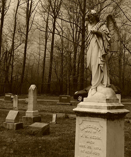 Angel tombstone at Confederate Cemetery in Kentucky