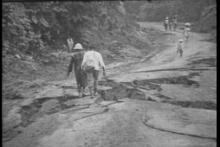 Calles de Bahía Solano destruidas por terremoto de 1970- Archivo Fotogáfico y Fílmico, UTCH.