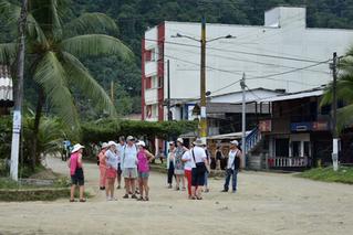 Buscan certificar guías turísticos en Bahía Solano