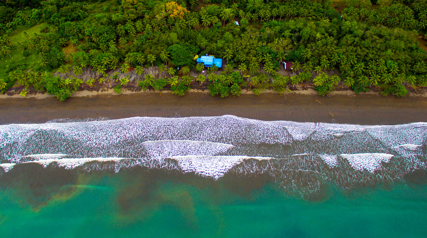 Vista aerea Mecana Ecohotel Bahia Solano