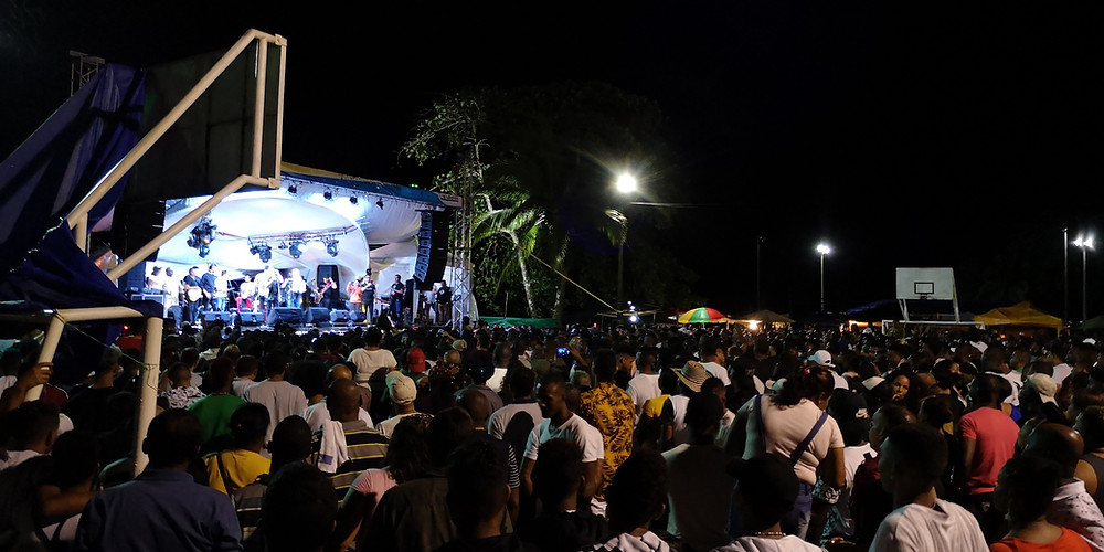 concierto en Bahia solano
