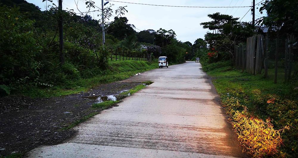 Pavimento en Bahía Solano