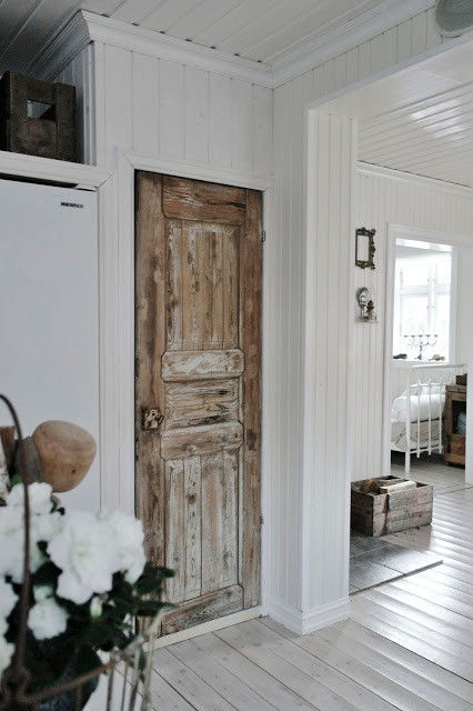 Upcycling salvaged doors | door replacement