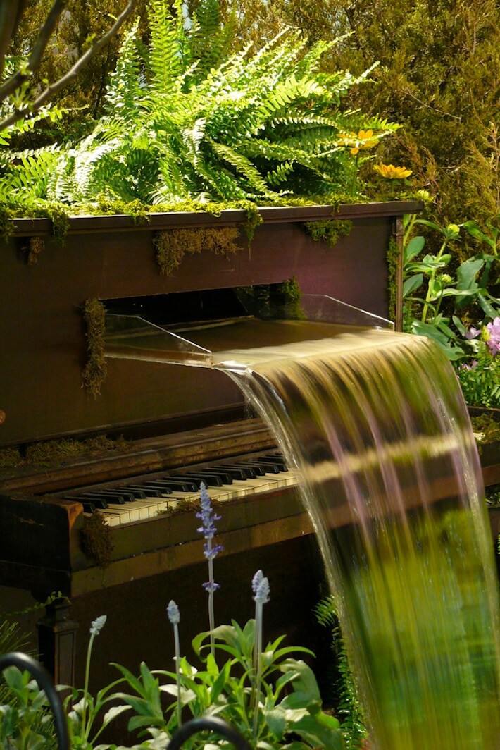 DIY Repurposed Piano Fountain | Upcycling