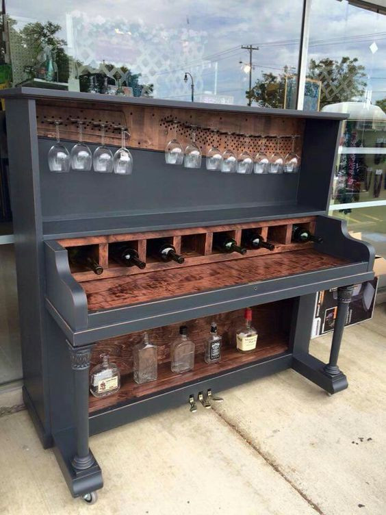 DIY Repurposed Piano Wine Bar | Upcycling