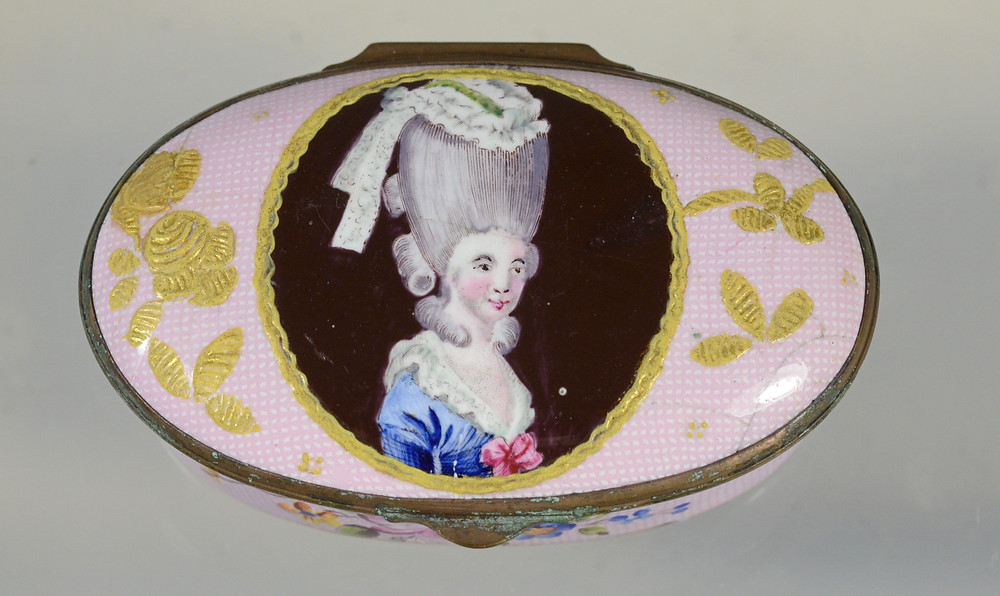 Lot 12108's depiction of an unidentified actress is both rare and desirable among collectors.