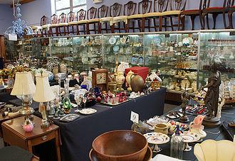 Main Showroom | Bunch Auctions
