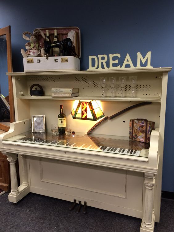 DIY Repurposed Upright Piano Desk | Upcycling