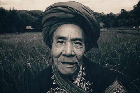 Working husband, Lahu Tribe, Baan Tong Luang region, Thailand, 2018