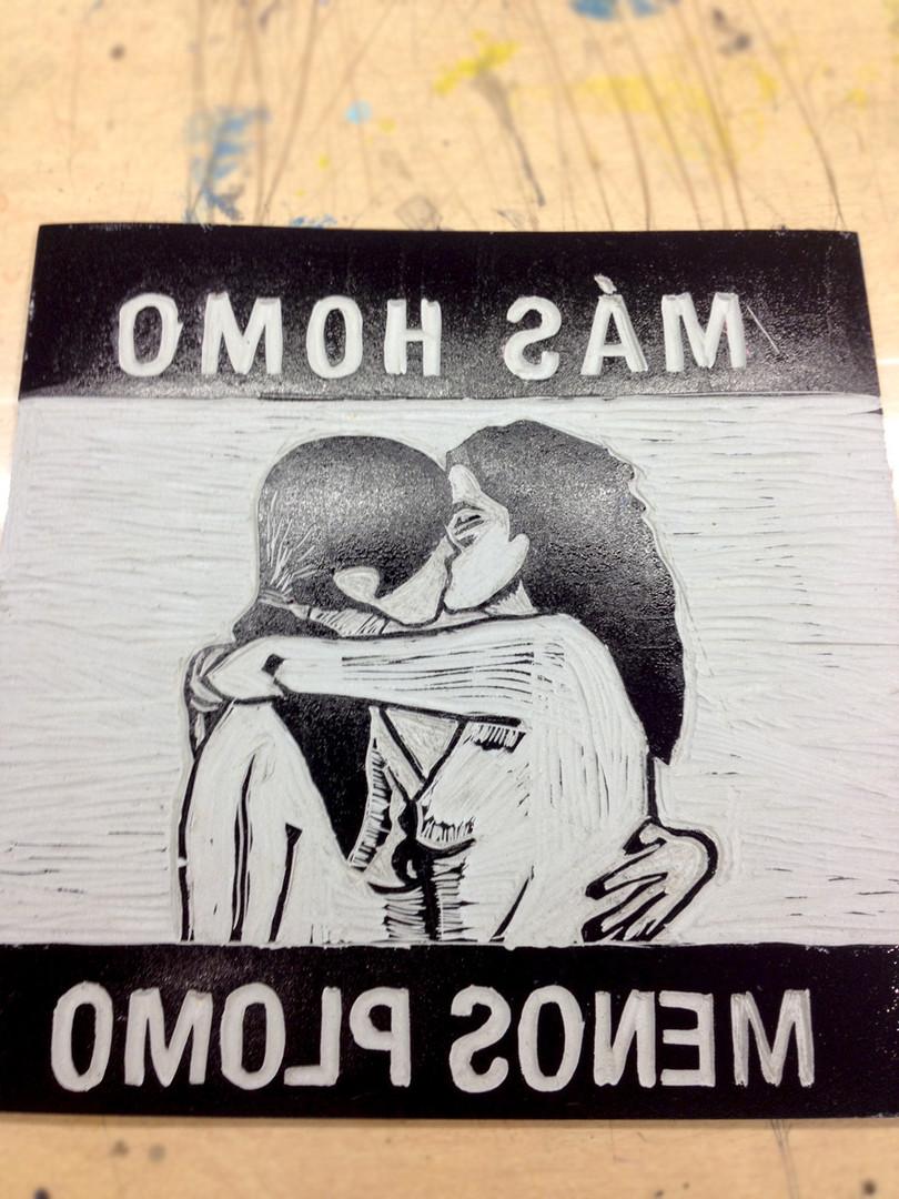 Más Homo Menos Plomo