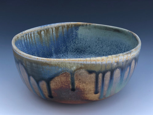 Small Serving Bowl 17