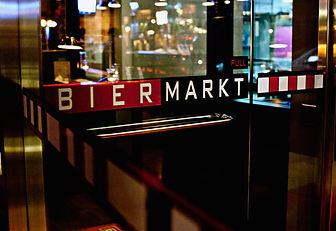 mar13-2012-biermarkt-interior.jpg