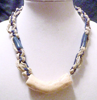 blue and cream macrame necklace