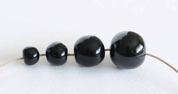 black solid round ball - assorted sizes