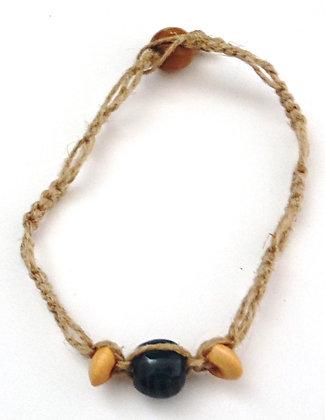 blue with squares macrame bracelet