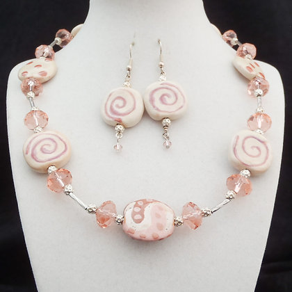 shades of pink jambo necklace or earrings