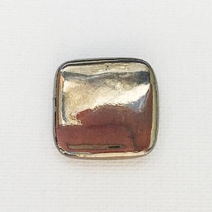 antique gold metallic